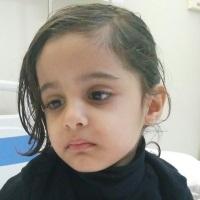 """#السعودية :الطفلة """"حلا"""" فقدت سمعها ،بصرها ونطقها بسبب خطأ طبي"""